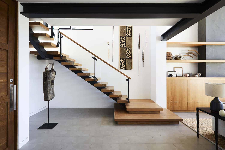 coastal-contemporary-staircase