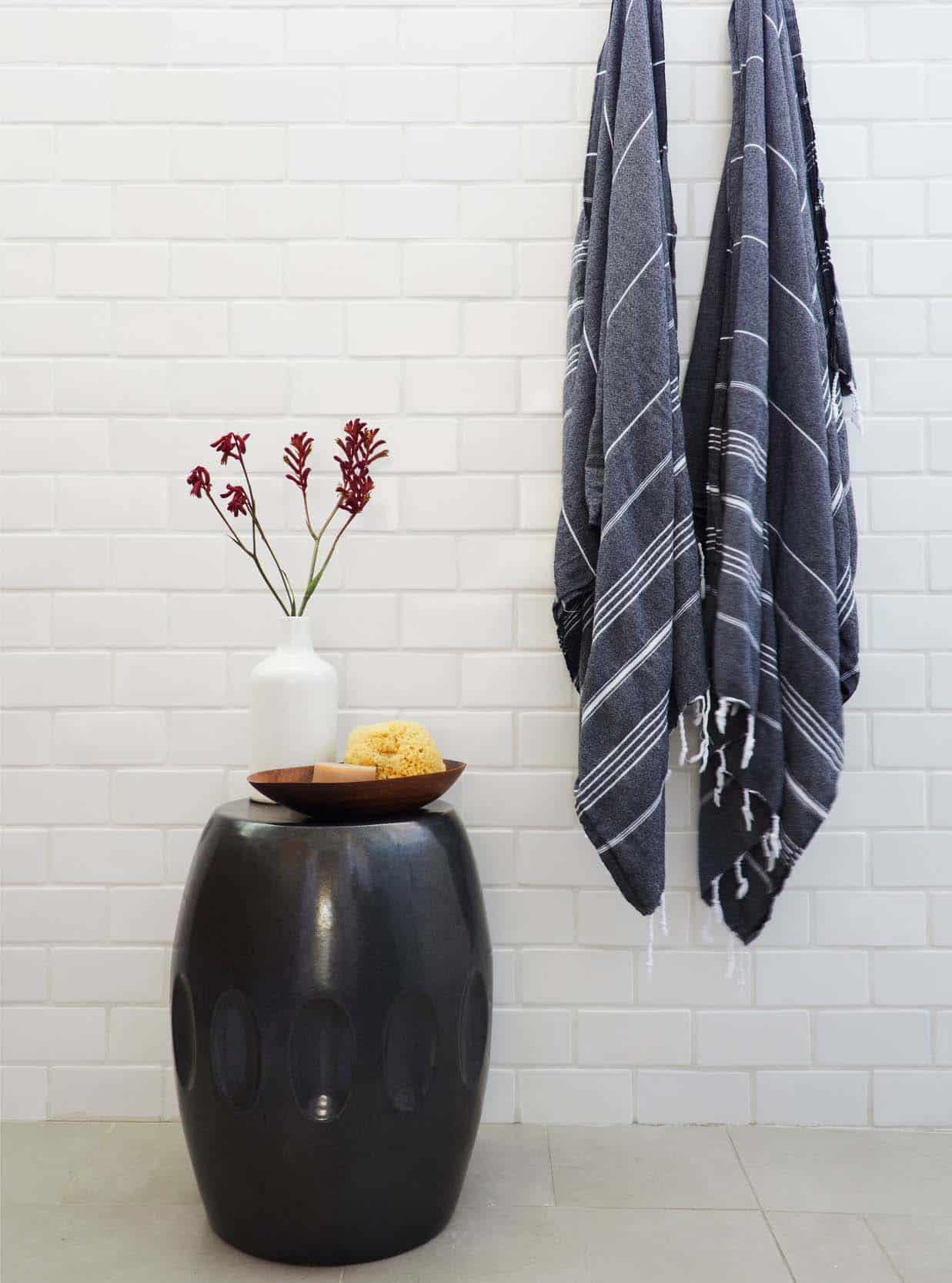 coastal-contemporary-bathroom-shower