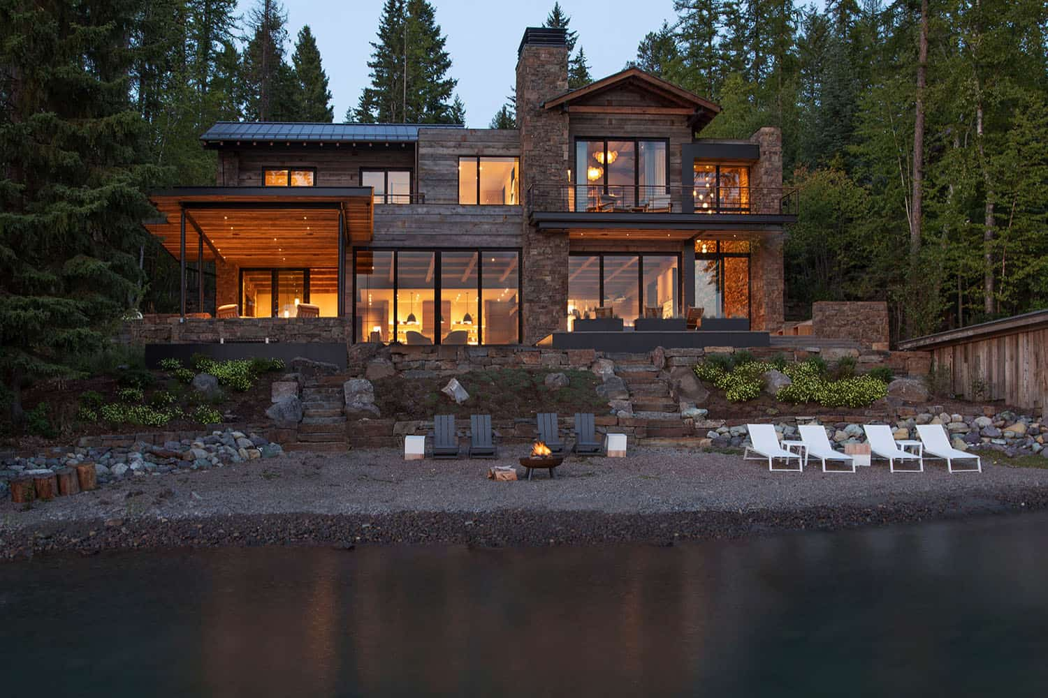 mountain-modern-lake-house-exterior
