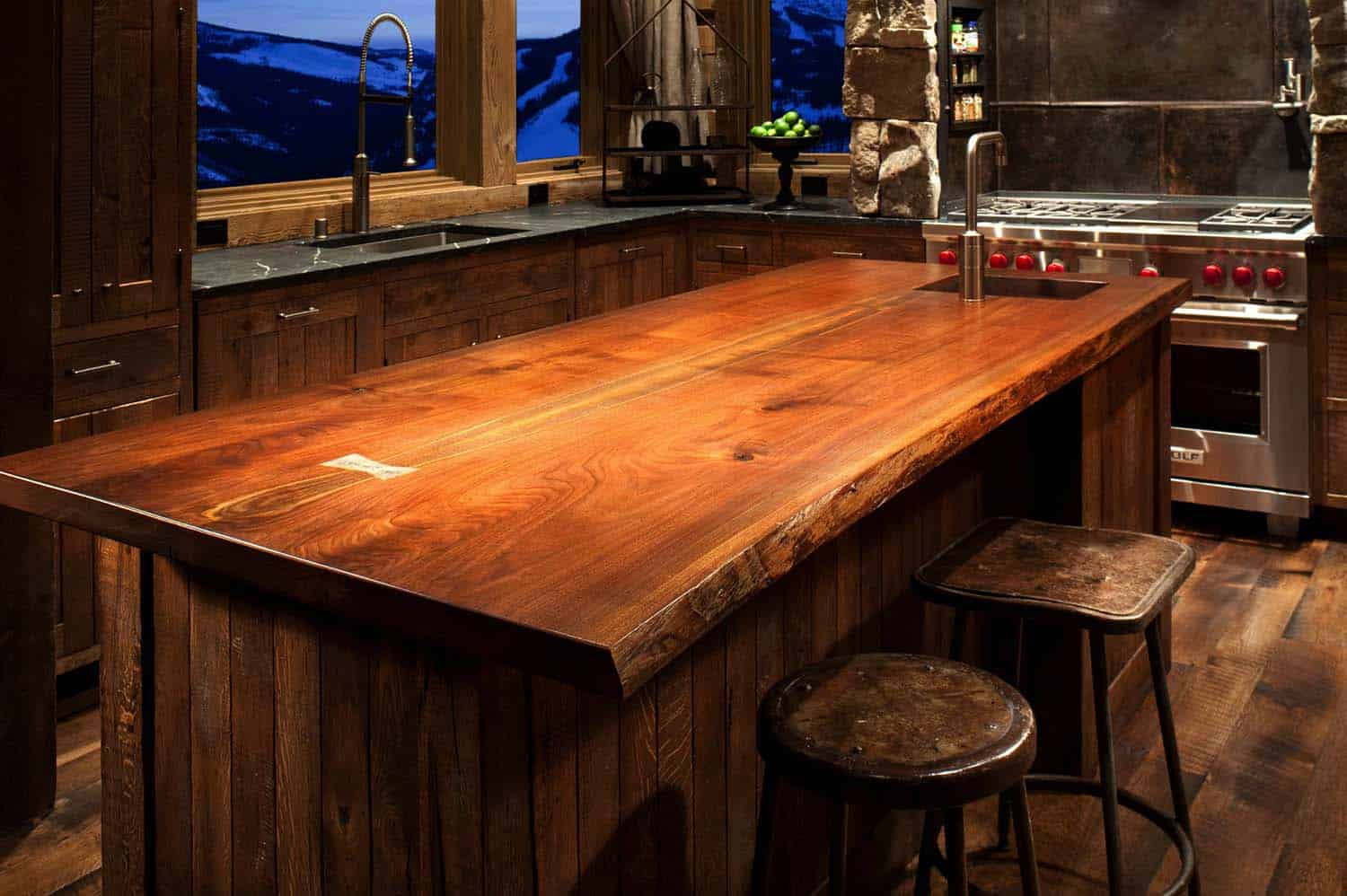mountain-rustic-kitchen-island