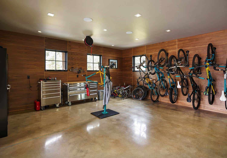 rustic-garage