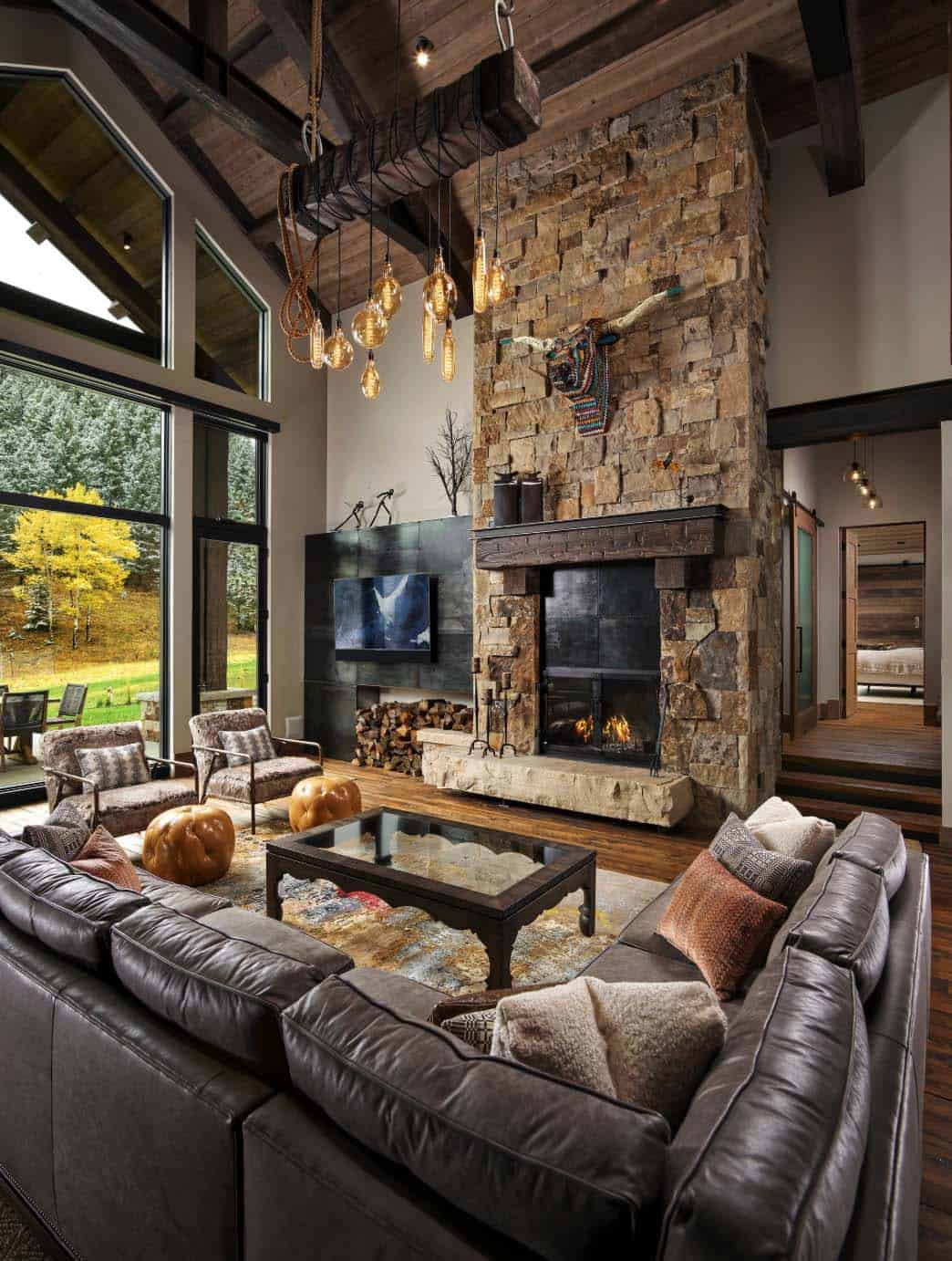 Rustic ranch house with a bike barn in Colorado: HandleBar Ranch