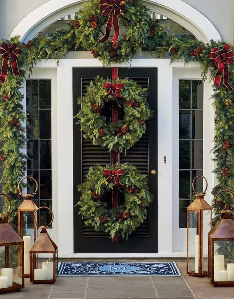 stunning-outdoor-decorations-christmas-wreaths