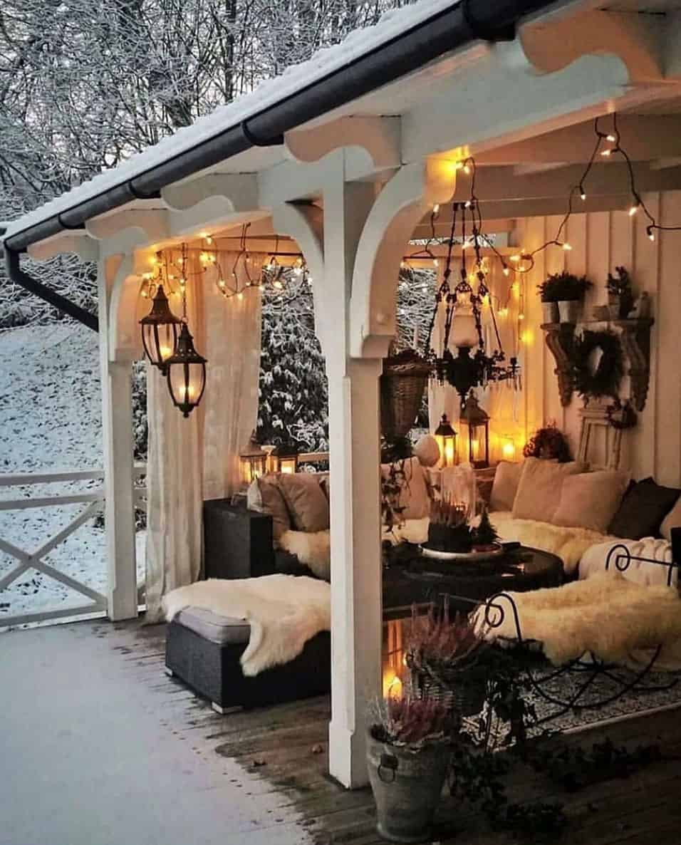 stunning-outdoor-decorations-christmas-porch