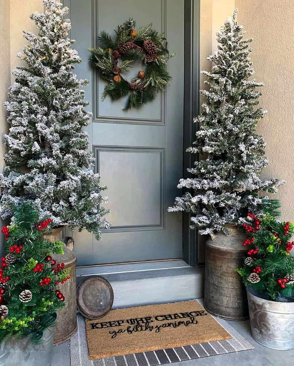 30 Stunning Outdoor Christmas Decorations To Make The Season Bright