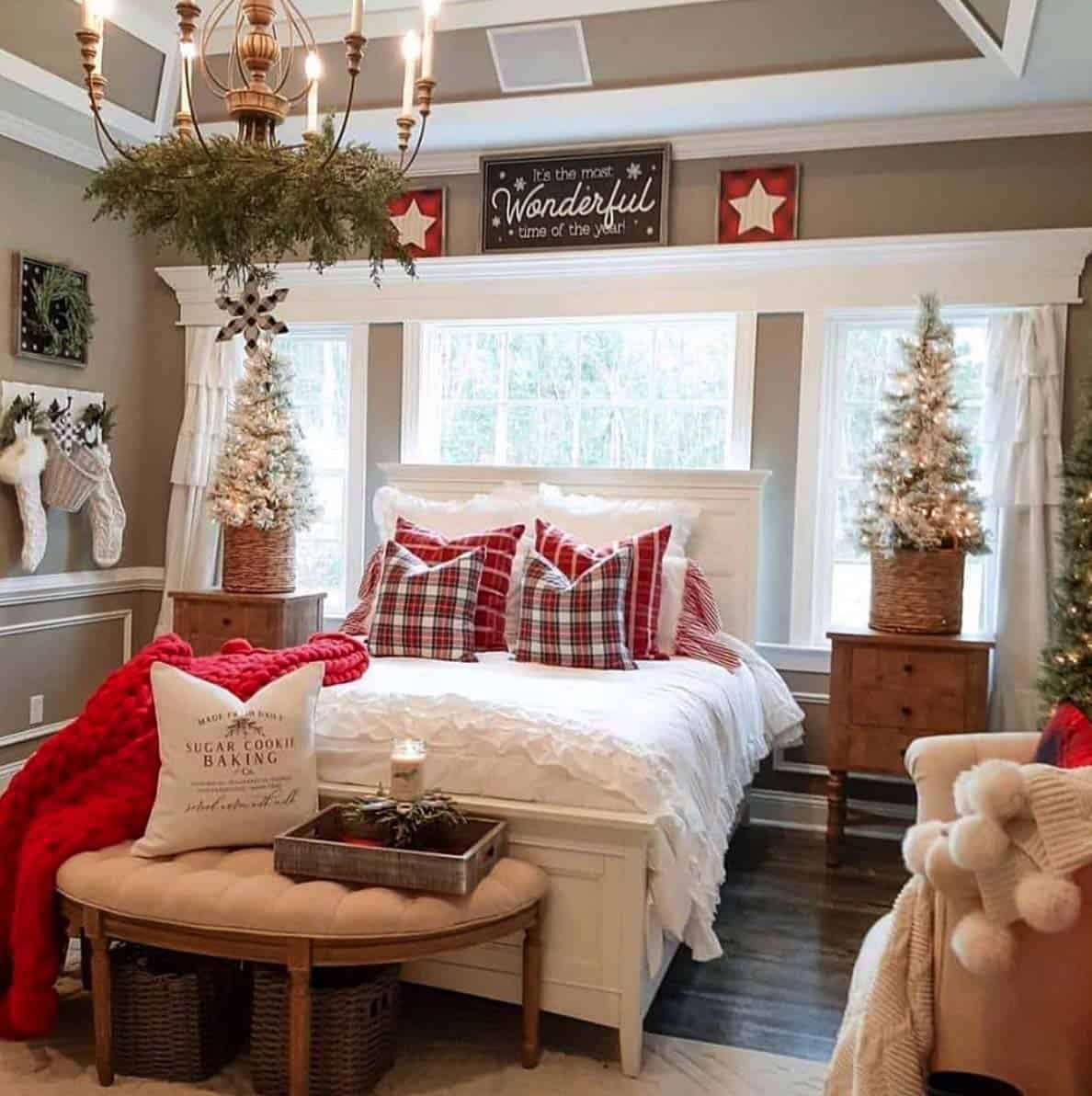 rustic-farmhouse-christmas-decorating-ideas-bedroom