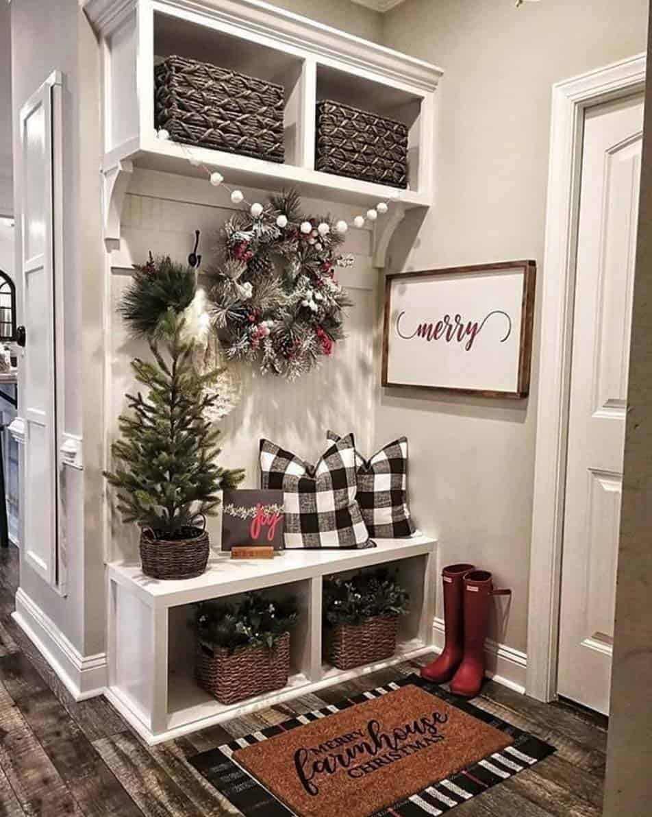rustic-farmhouse-christmas-decorating-ideas-mudroom-entry