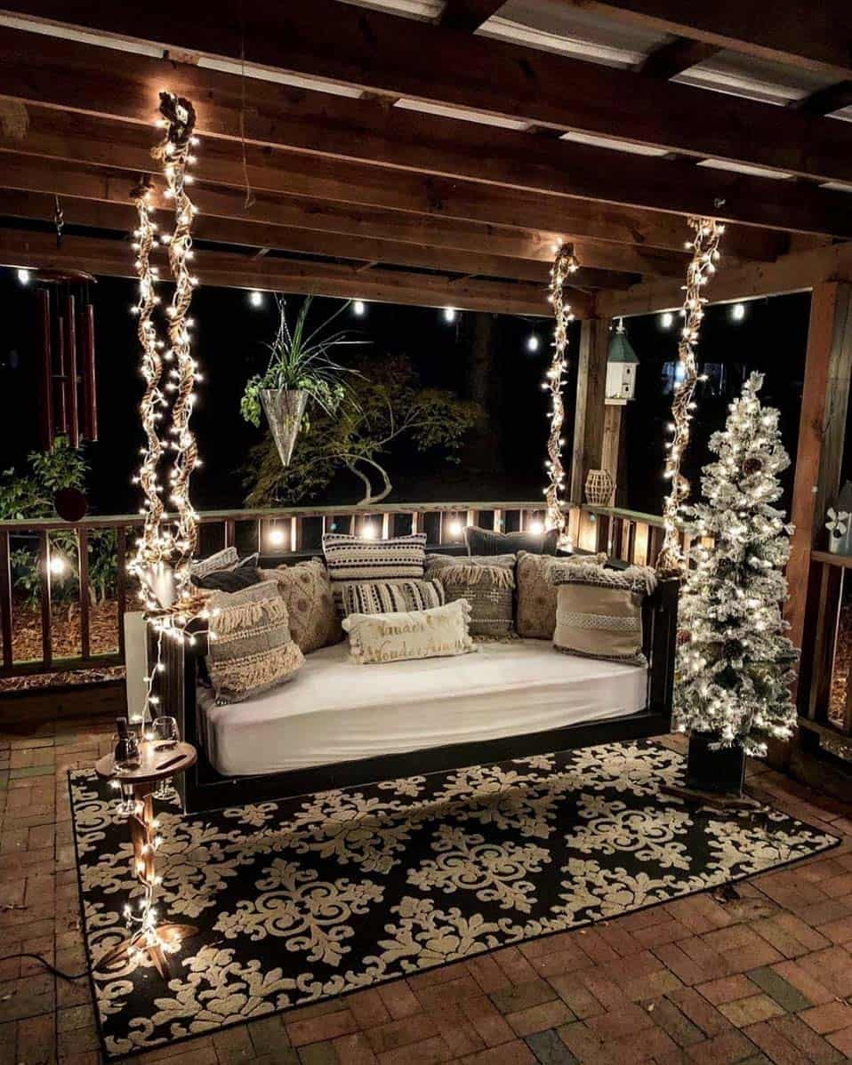 rustic-farmhouse-christmas-decorating-ideas-front-porch-swing