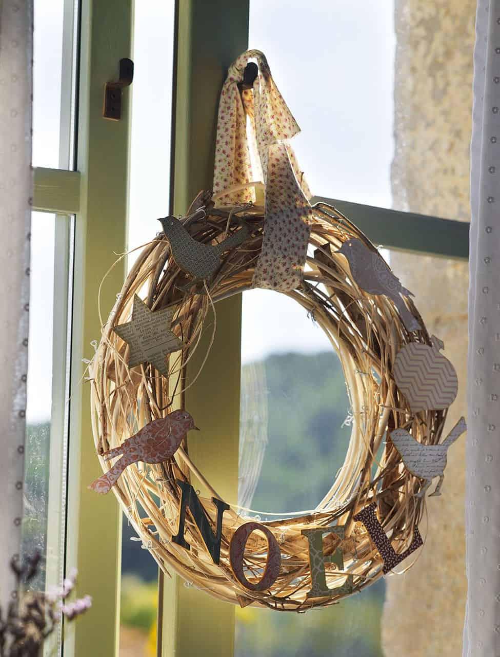 christmas-decorated-old-farmhouse-window