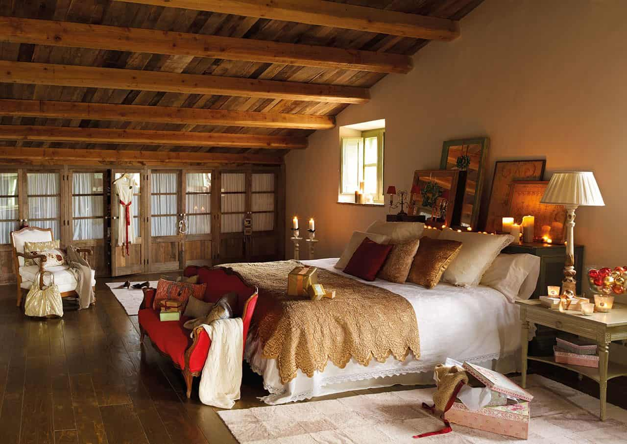 christmas-decorated-old-farmhouse-attic-bedroom