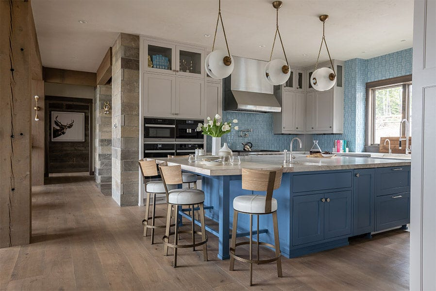 contemporary-lodge-style-kitchen
