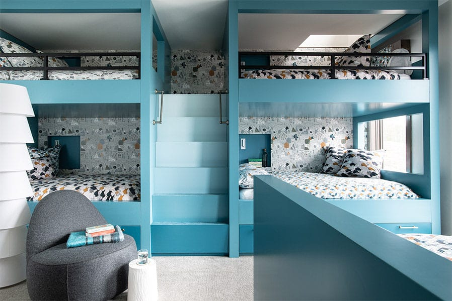 contemporary-lodge-style-bunk-bedroom