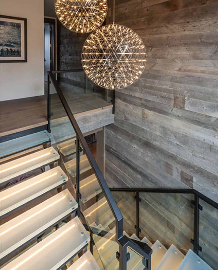 contemporary-lodge-style-staircase