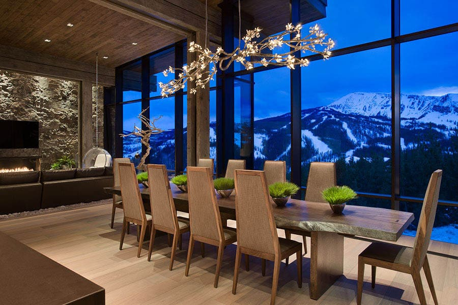 contemporary-mountain-chalet-dining-room