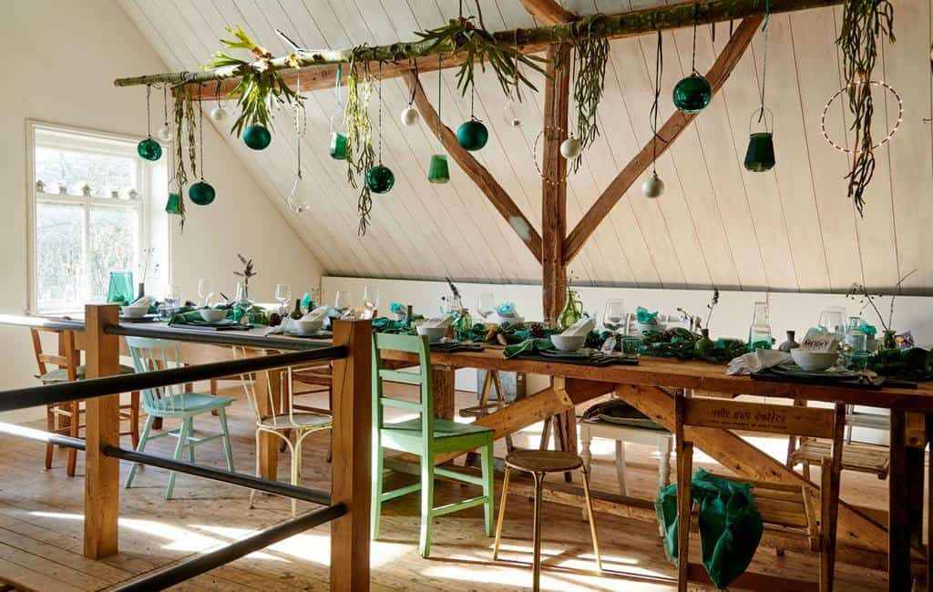 converted-farmhouse-attic-christmas-decorations