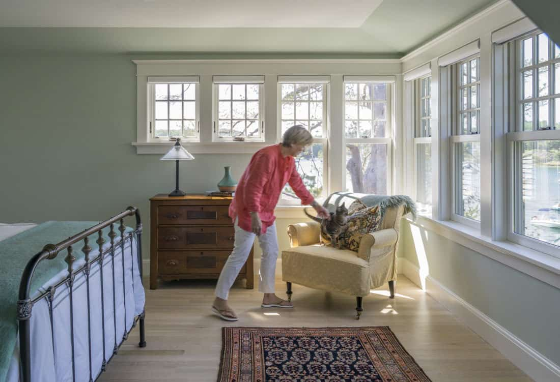 craftsman-style-bedroom