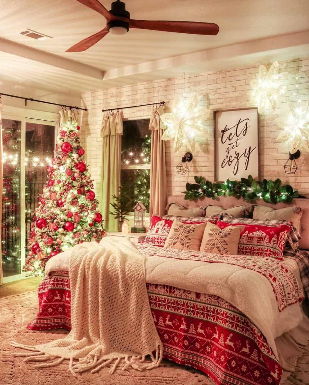 christmas-decor-ideas-bedroom
