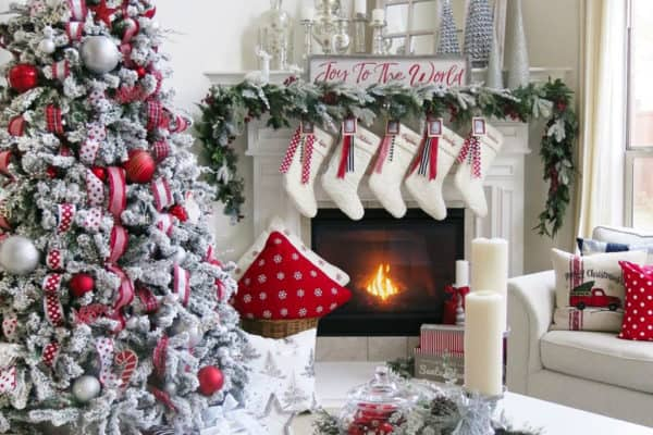 featured posts image for 20 Incredibly Inspiring Ideas To Decorate With Flocked Christmas Trees