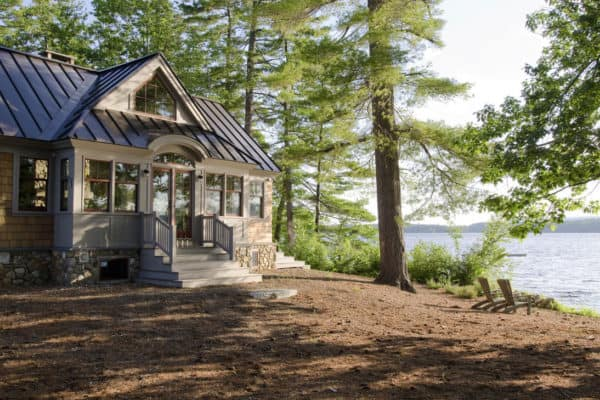 featured posts image for Gorgeous lakeside getaway in Maine designed to feel like a summer camp