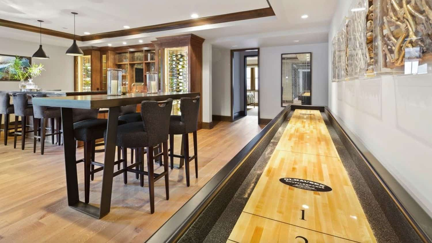 transitional-game-room