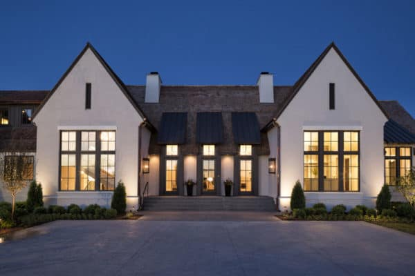 featured posts image for English Tudor style home in Minnesota with a stunning modern twist