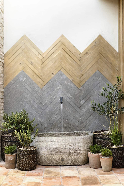 modern-outdoor-fountain