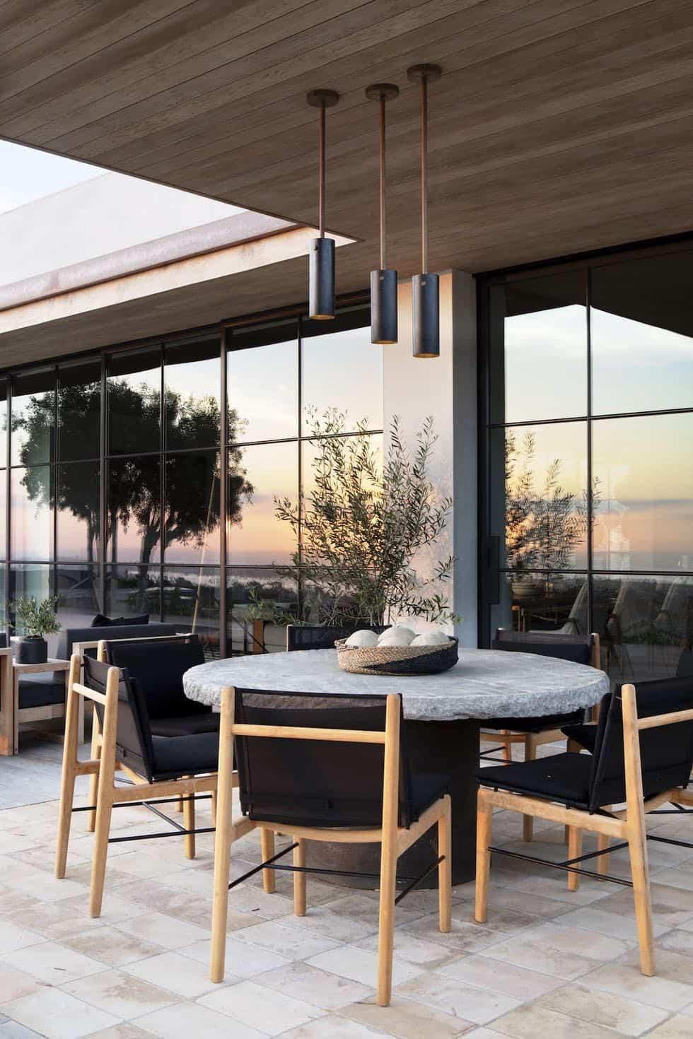 modern-house-exterior-patio