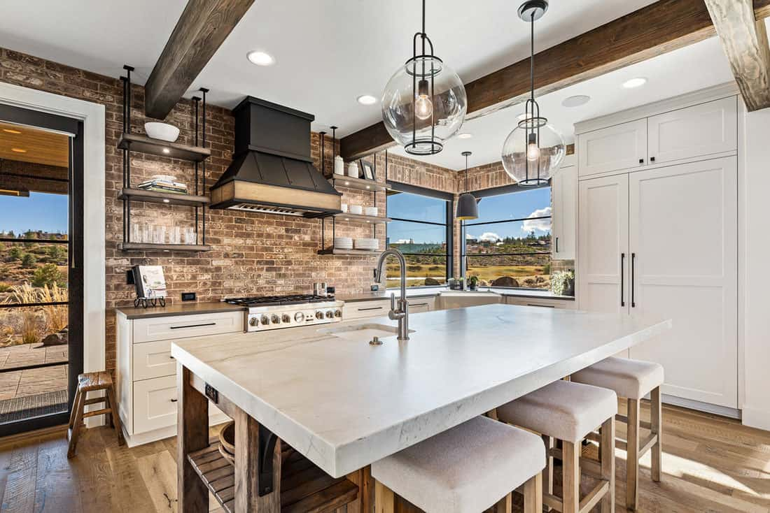 modern-farmhouse-kitchen