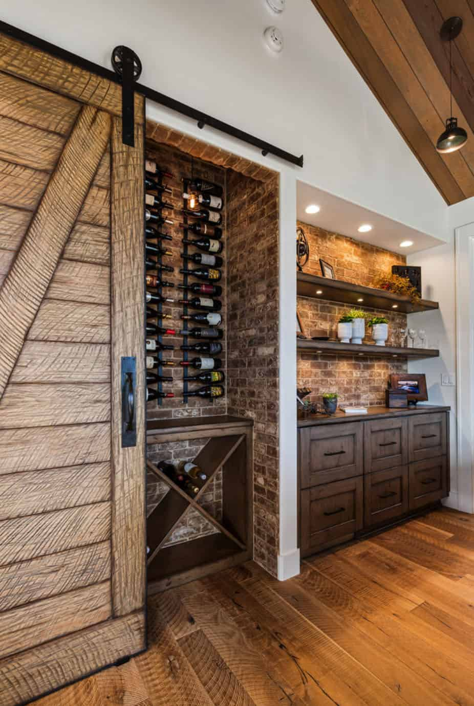 farmhouse-home-bar
