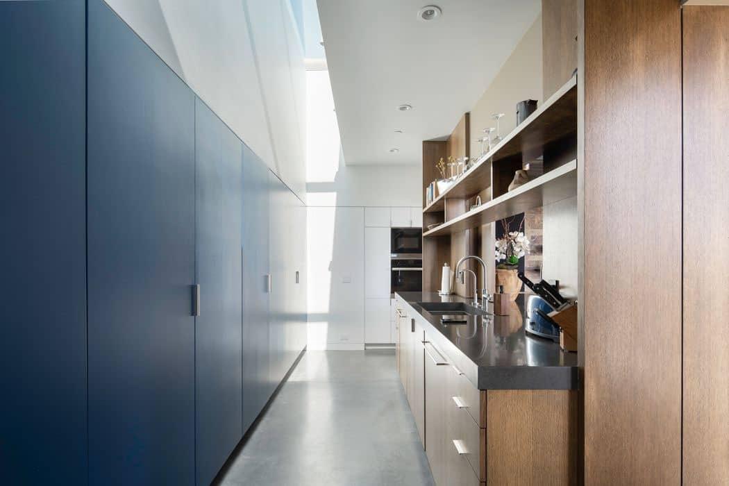 modern-kitchen-butlers-pantry