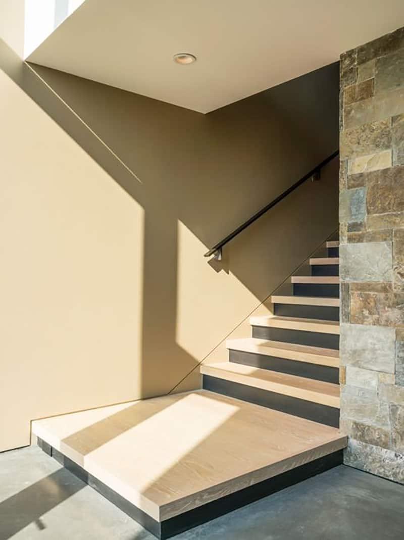 modern-exterior-staircase