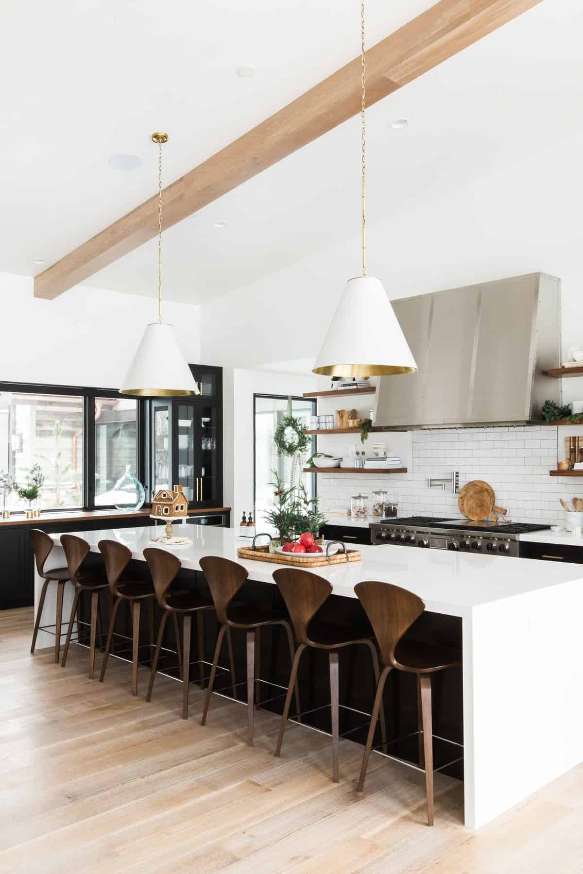 holiday-home-decoration-kitchen