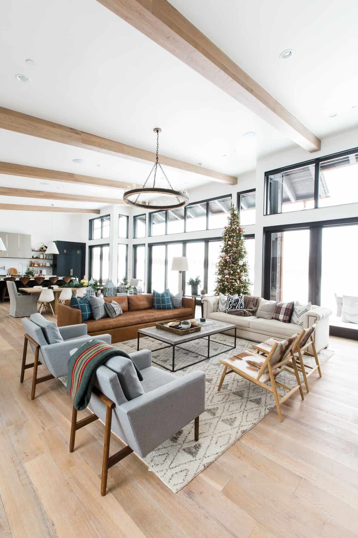 holiday-home-decoration-living-room
