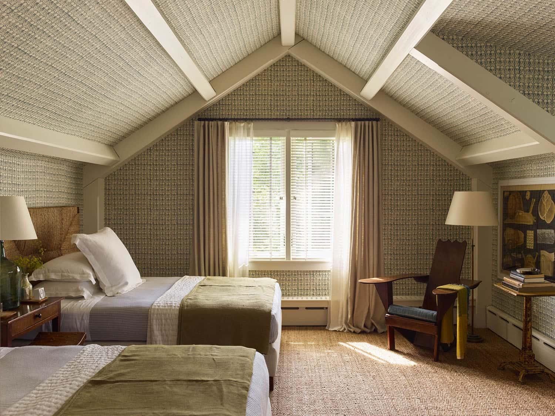 modern-beach-house-guest-bedroom