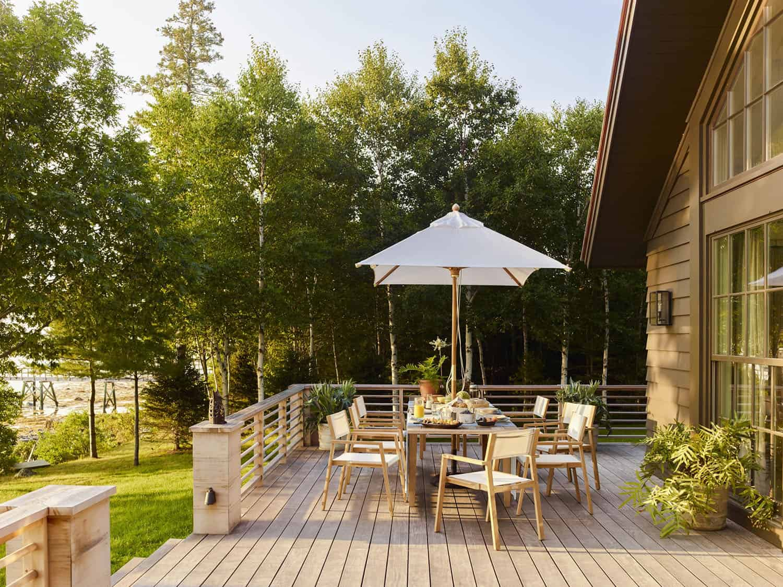 seaside-home-patio