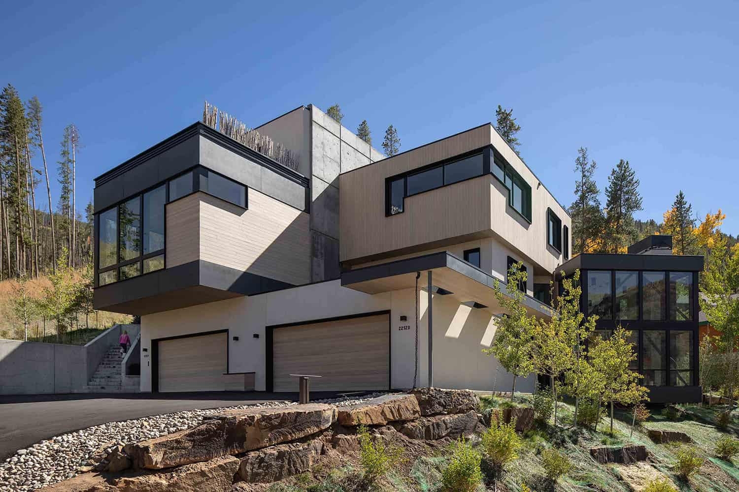 mountain-modern-home-exterior