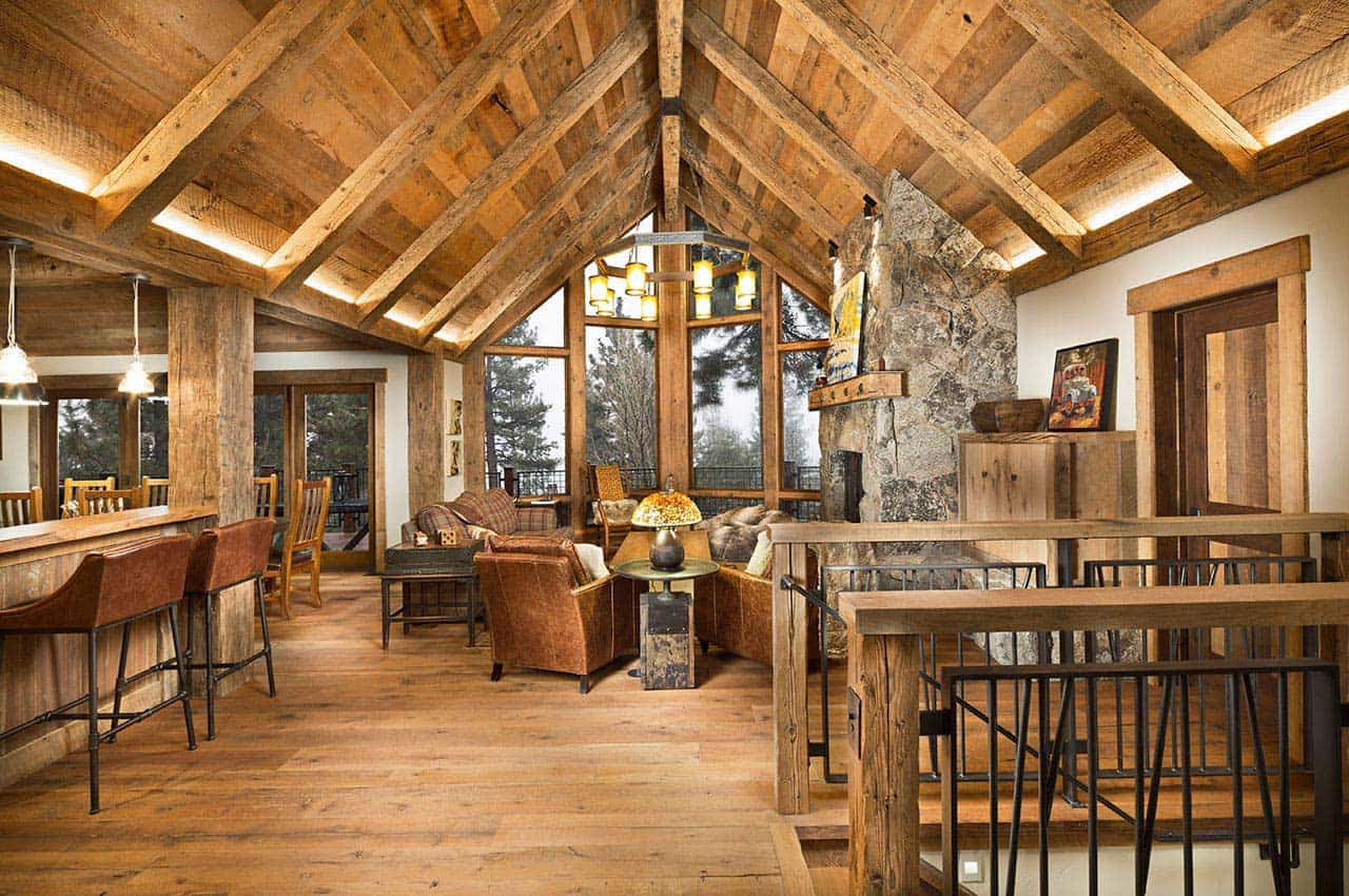 mountain-rustic-family-lodge-living-room