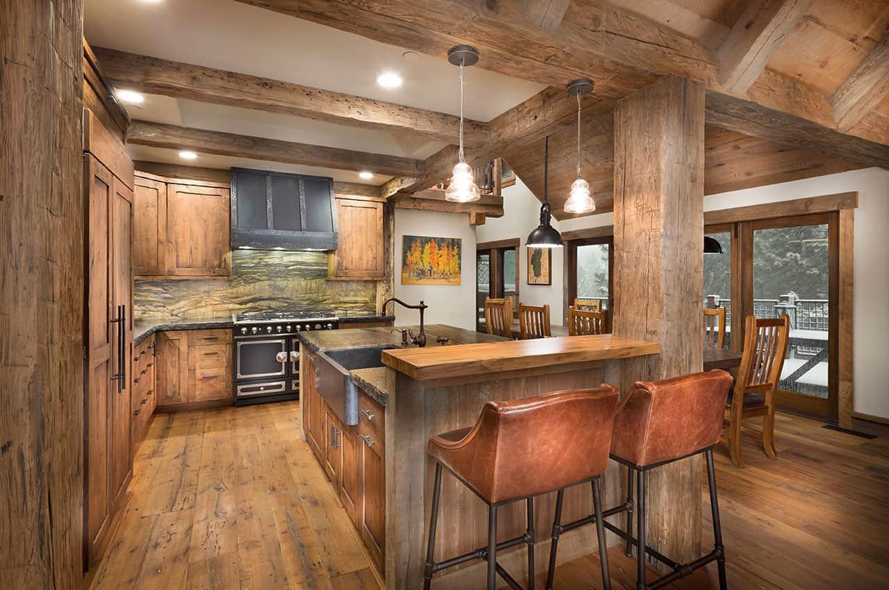 mountain-rustic-family-lodge-kitchen