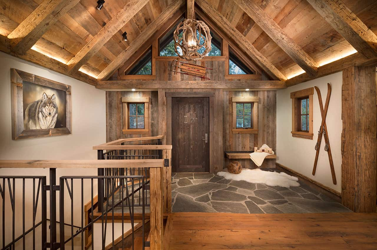 mountain-rustic-family-lodge-entry
