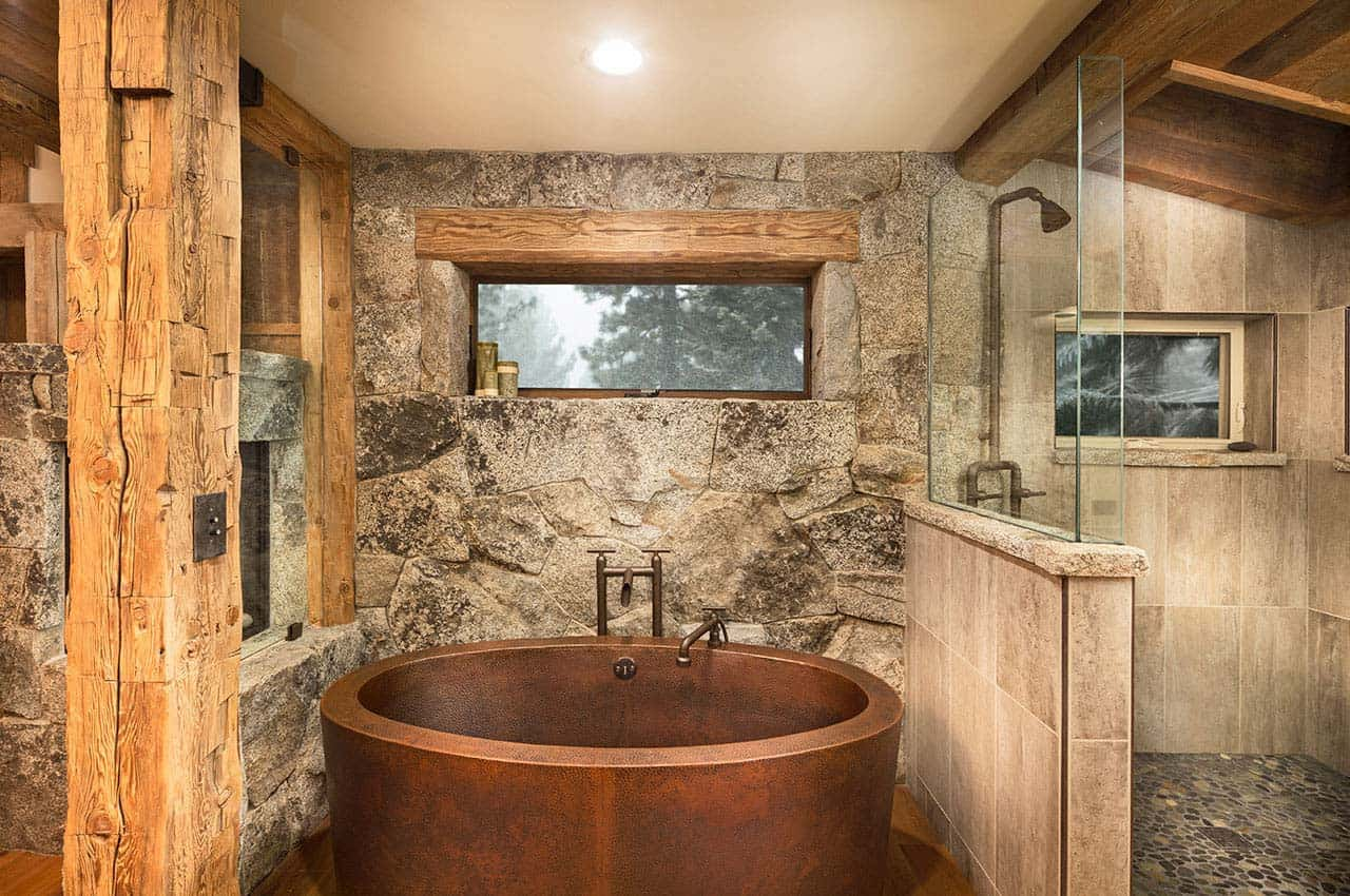 mountain-rustic-family-lodge-bathroom
