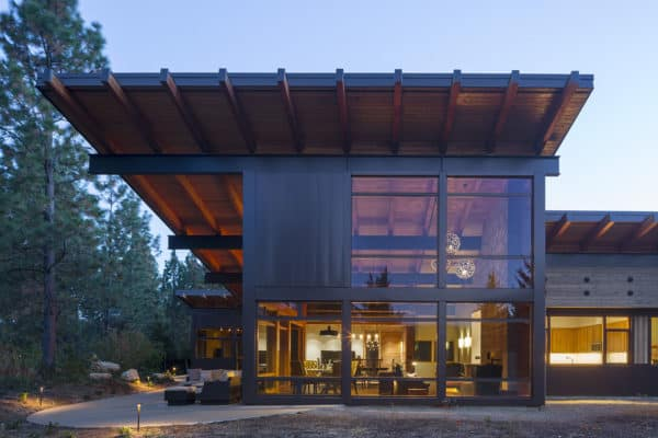 mountain-view-cabin-contemporary-exterior