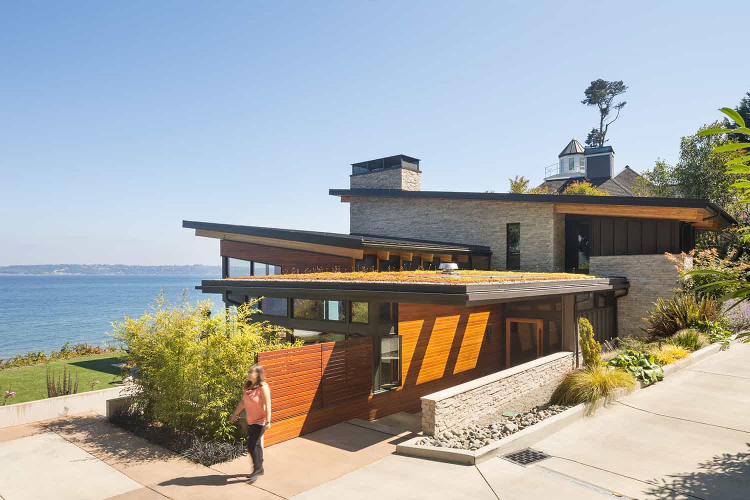 shoreline-house-contemporary-exterior
