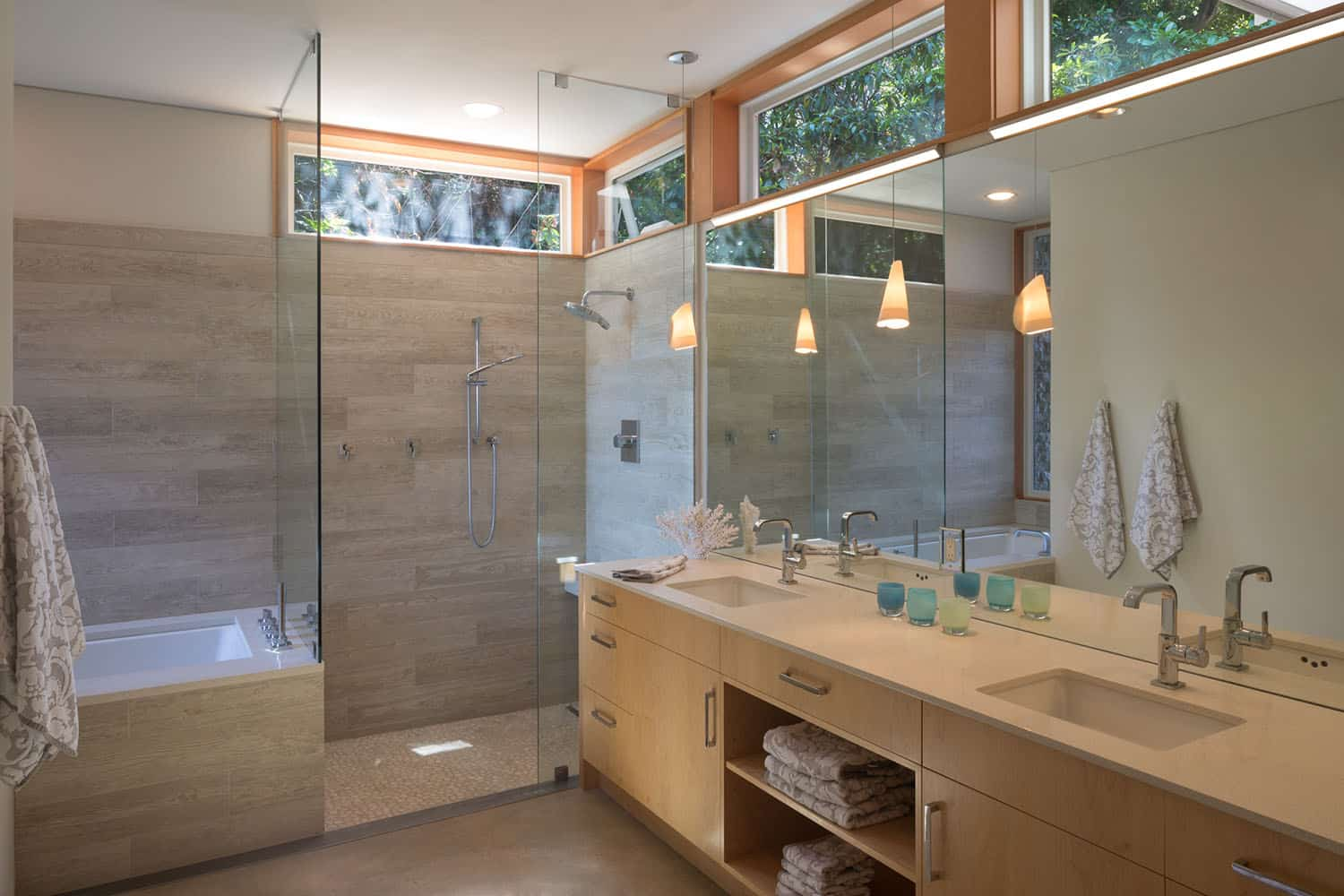 shoreline-house-contemporary-bathroom