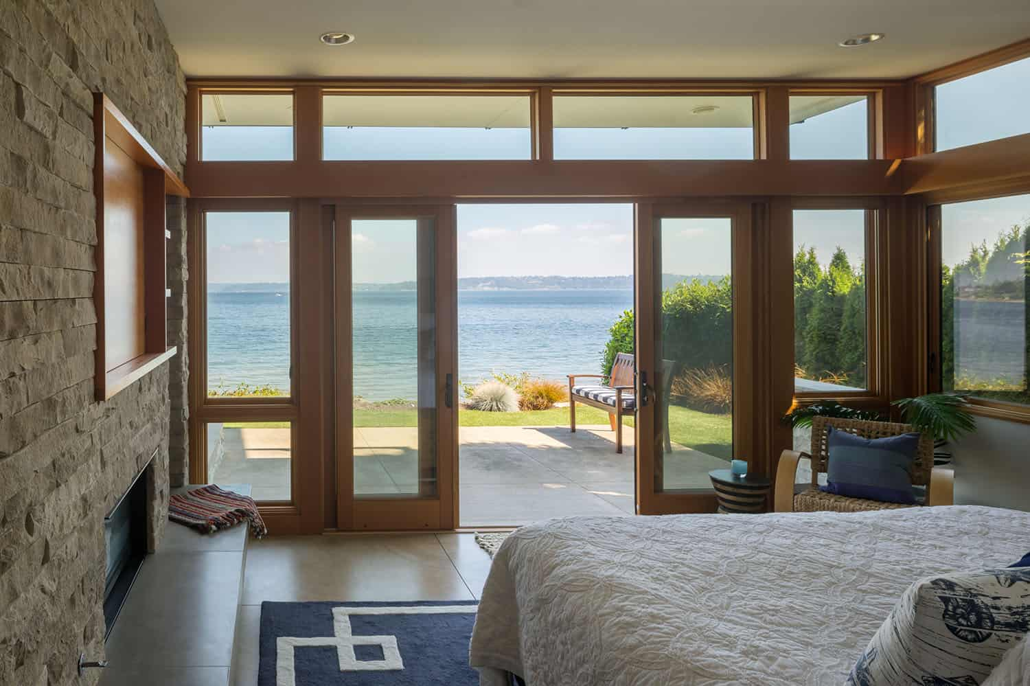 shoreline-house-contemporary-bedroom
