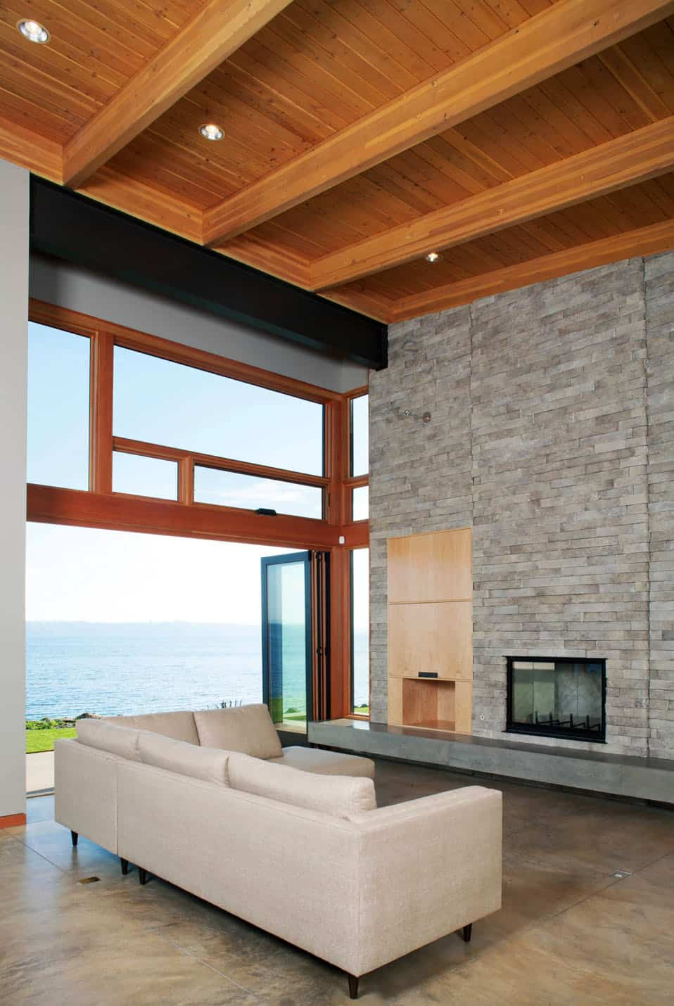 shoreline-house-contemporary-family-room
