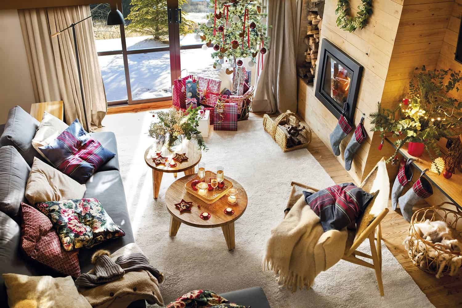 rustic-cabin-living-room-christmas-decorations