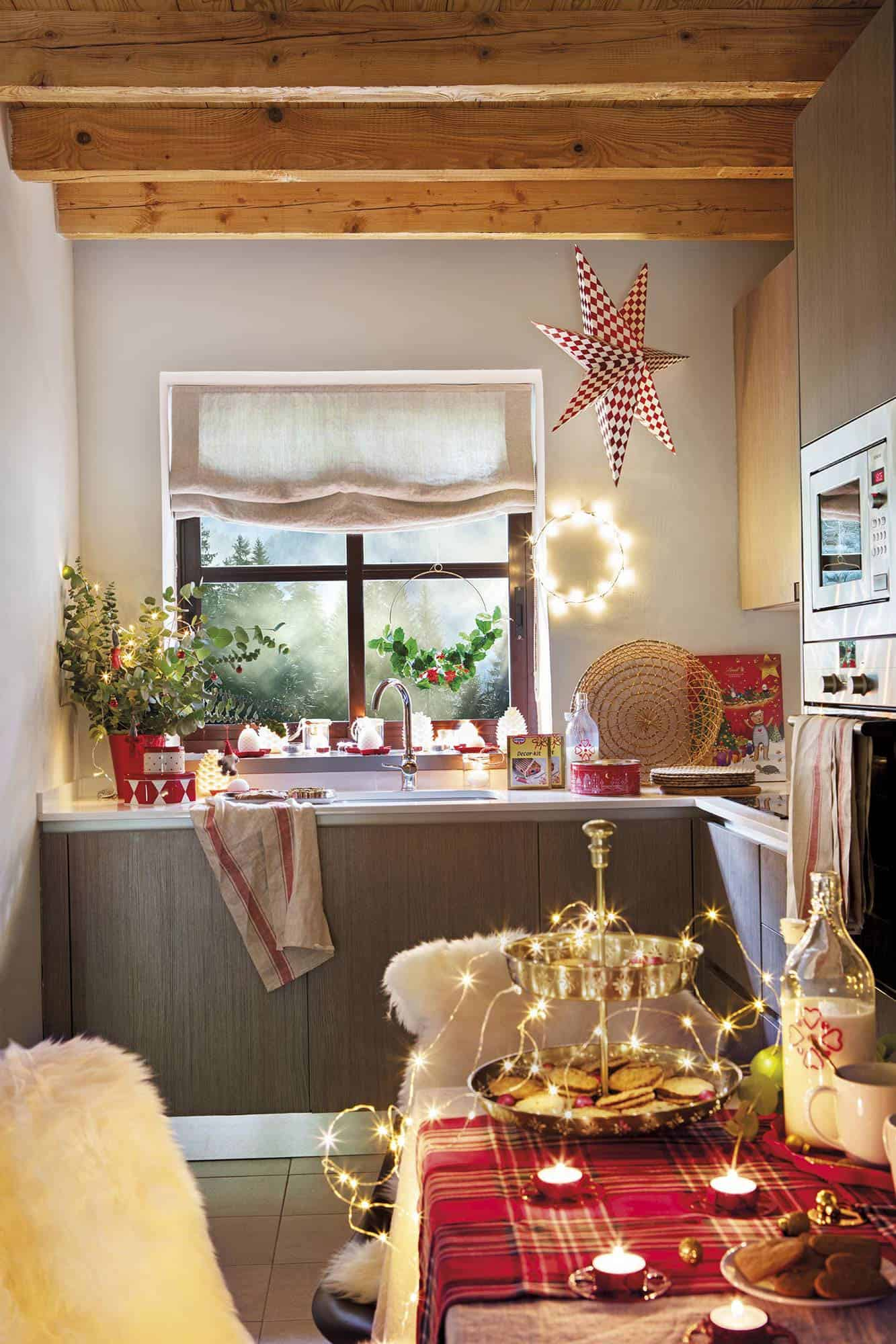 rustic-kitchen-christmas-decorations