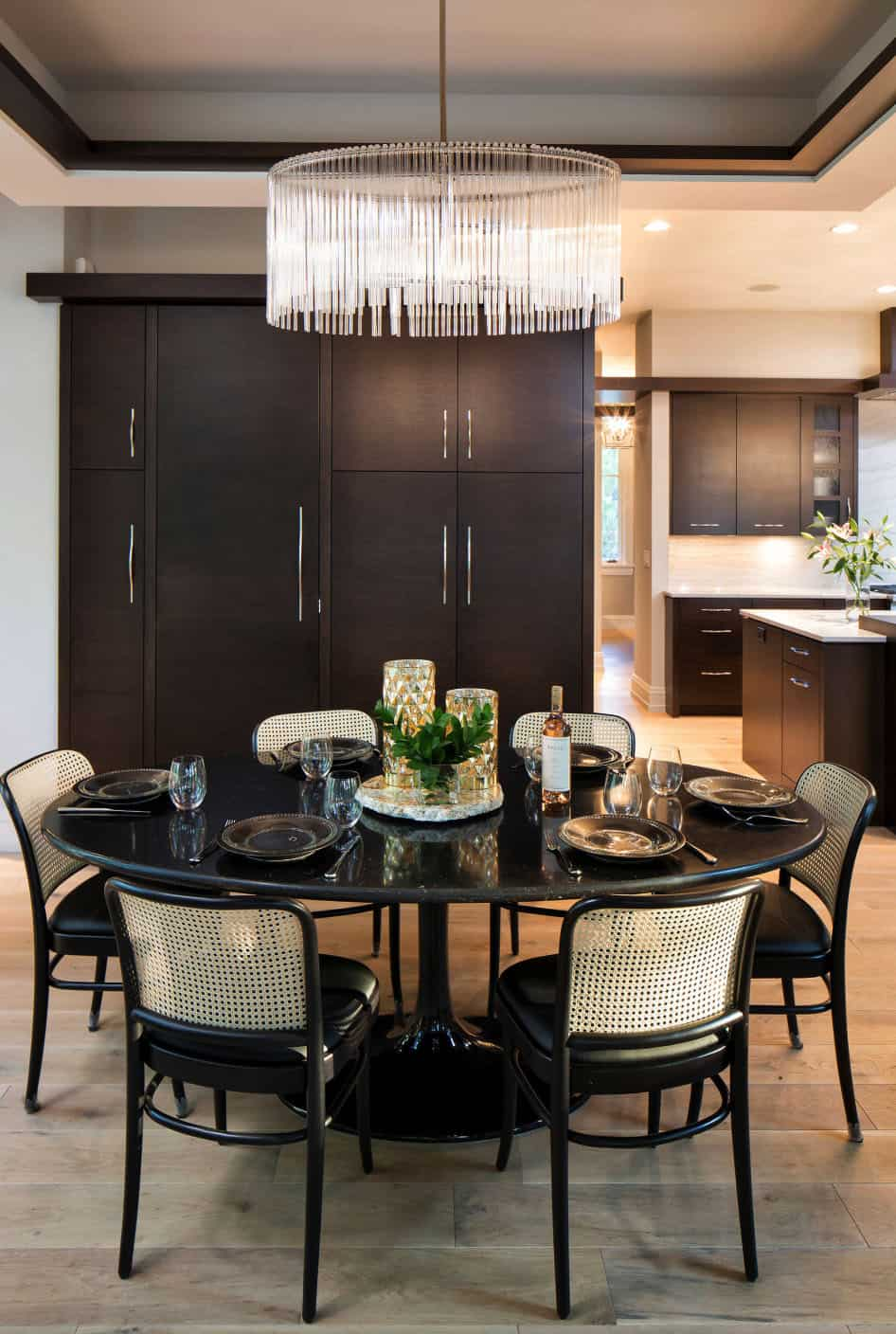 contemporary-rustic-dining-room