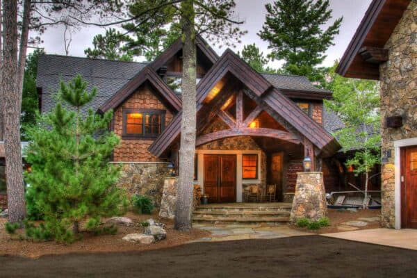 featured posts image for Step inside the dreamiest rustic lakeside cabin in the Upper Midwest