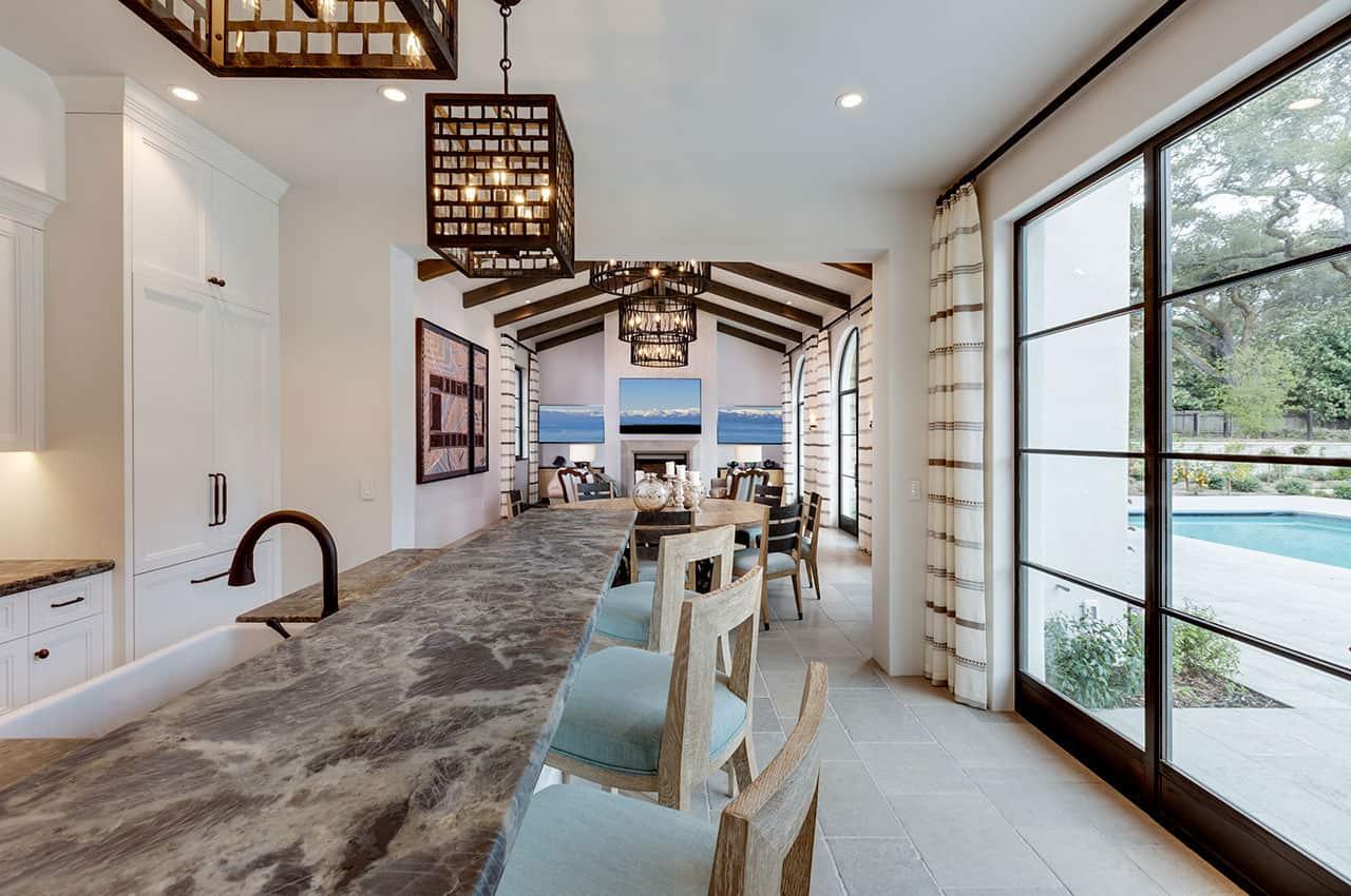 mediterranean-pool-house